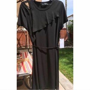 Black Short Sleeve Cold Shoulder one side Dress